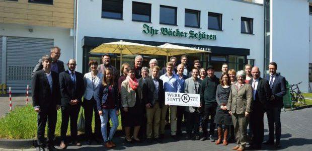 """Nachhaltige Initiativen bringen NRW voran. Qualitätssiegel """"Werkstatt N"""" in Hilden verliehen"""