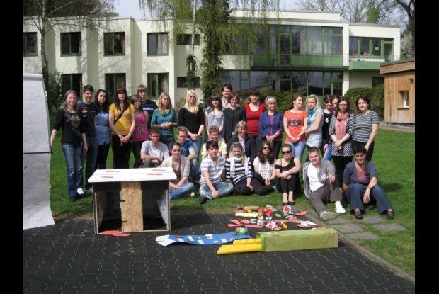 Bild 3 von 3: Azubis aus 4 EU-Ländern beim Globalen Lernen