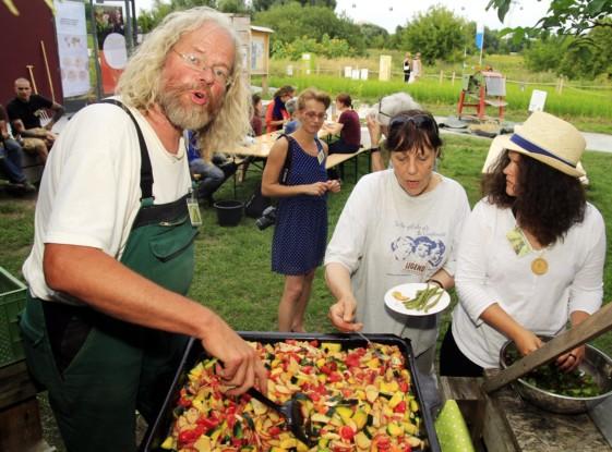 Bild 5 von 5: Wenn der Gärtner kocht - Ackermahlzeit