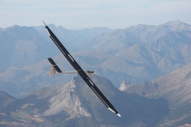Bild 7: Solarflugzeug Icare II der Uni Stuttgart