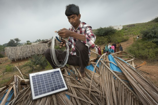 Bild 6: PV-Modul im Einsatz, Klimaschutzprojekt in Indien