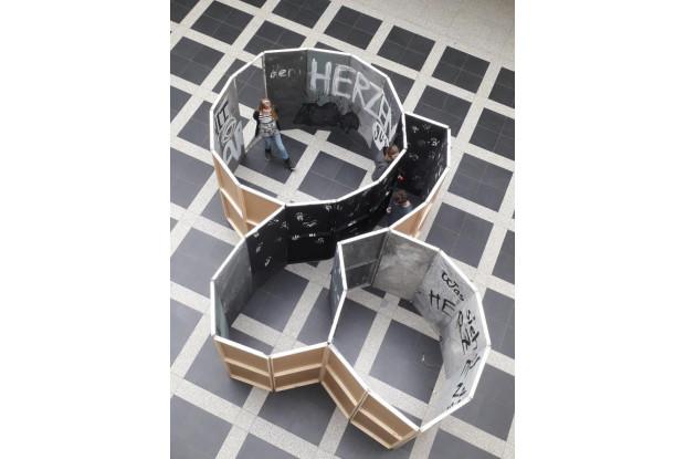 Bild 6: Bau einer begehbaren Spirale
