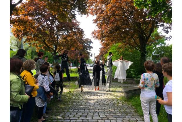 Bild 9: Jugendkunstschultag_Rosenheim Performance