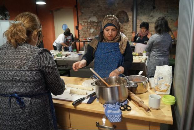 Bild 13: Multikulturelles Kochen am GLEIS 3